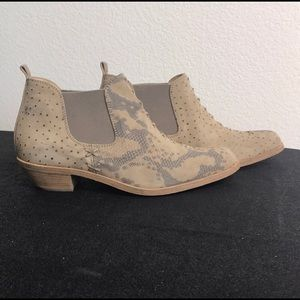guja Shoes - Guja ankle boots Italian design tan grey 37